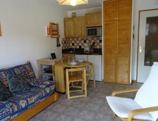 2 rooms apartment for 4 close to city center and...