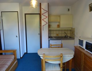 Studio for 2 persons in a residence with...